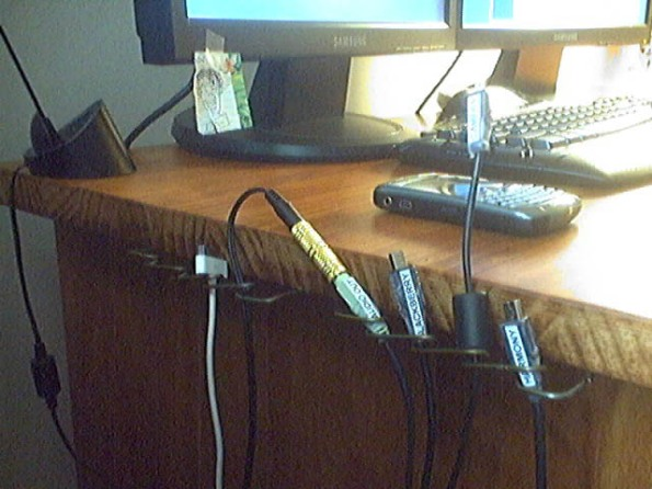 USB Cord Management1